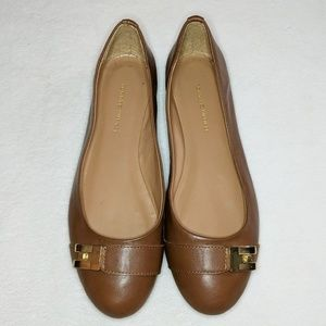 Tommy Hilfiger Brown Gold Buckle Flat 8.5
